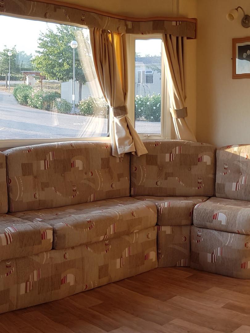 119 vintage lounge.jpg