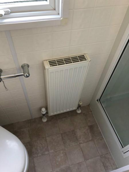 Glenluce shower.jpg