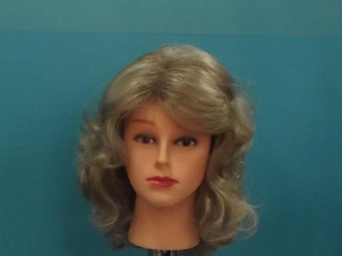 Blonde 122
