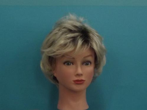 Blonde 143