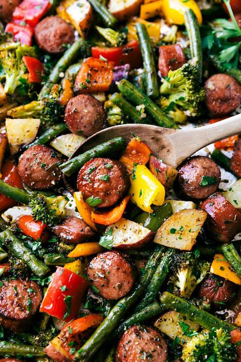 One-Pan Healthy Sausage & Veggies (Servings 4)