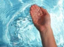 eau-claire-et-limpide.jpg