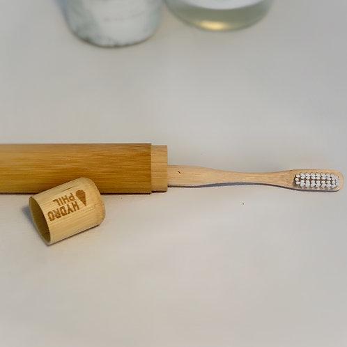 Zahnbürsten Etui aus Bambus