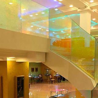 Лестница в торговом центре г. Алматы