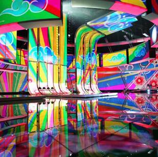 Евровидение 2009 (сцена и вертикальные гнутые панели из триплекса) г. Москва, СК «Олимпийский»