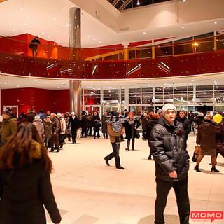 Открыт новый торговый центр МОМО с парапетами из цветной Evalam Color г. Минск Беларусь