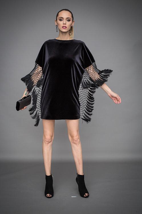 Коктейльное черное бархатное платье с бахромой