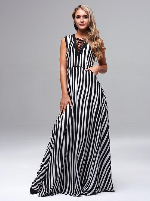 Вечернее легкое полосатое платье в пол