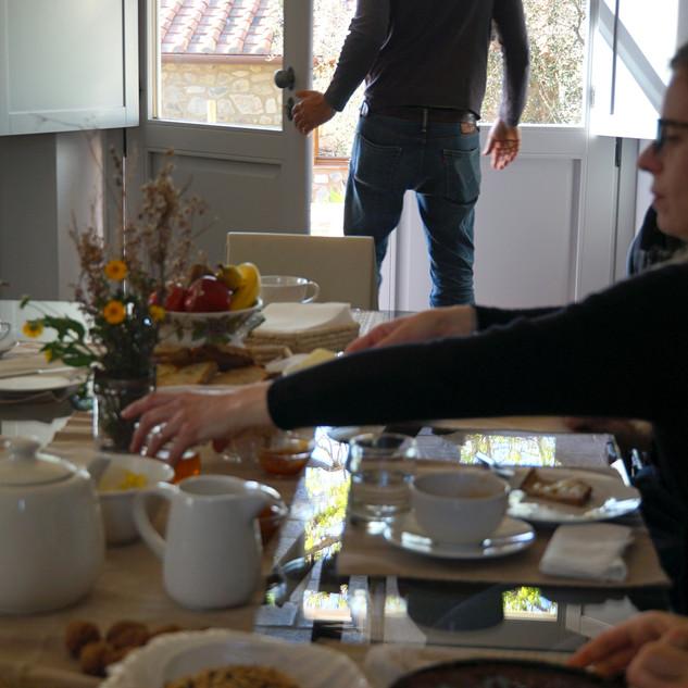 Marrucheti 82, Prima colazione
