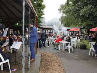 Friends' BBQ 2019 - (in spite of the clouds) another fantastic night of food and music at the zo