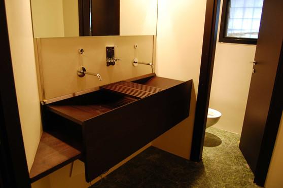 lavabo_legno_signore.jpg