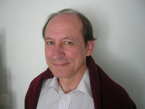 Foto Copeiro libro ffcc Guinea, 2007.JPG