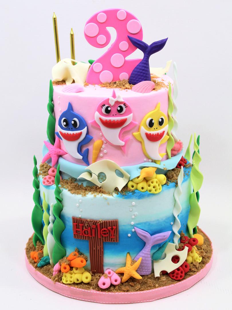 Baby Shark Cake