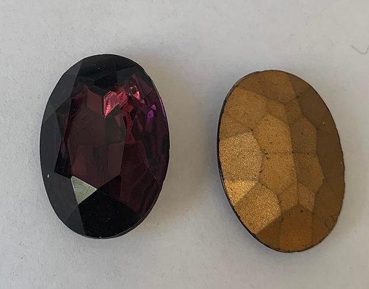 18x25mm Glass Oval Amethyst