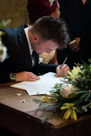 Buds n Roses - ceremony signing table fl