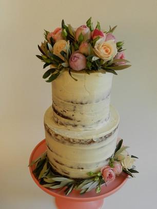 Semi Naked Cakes (5).jpg