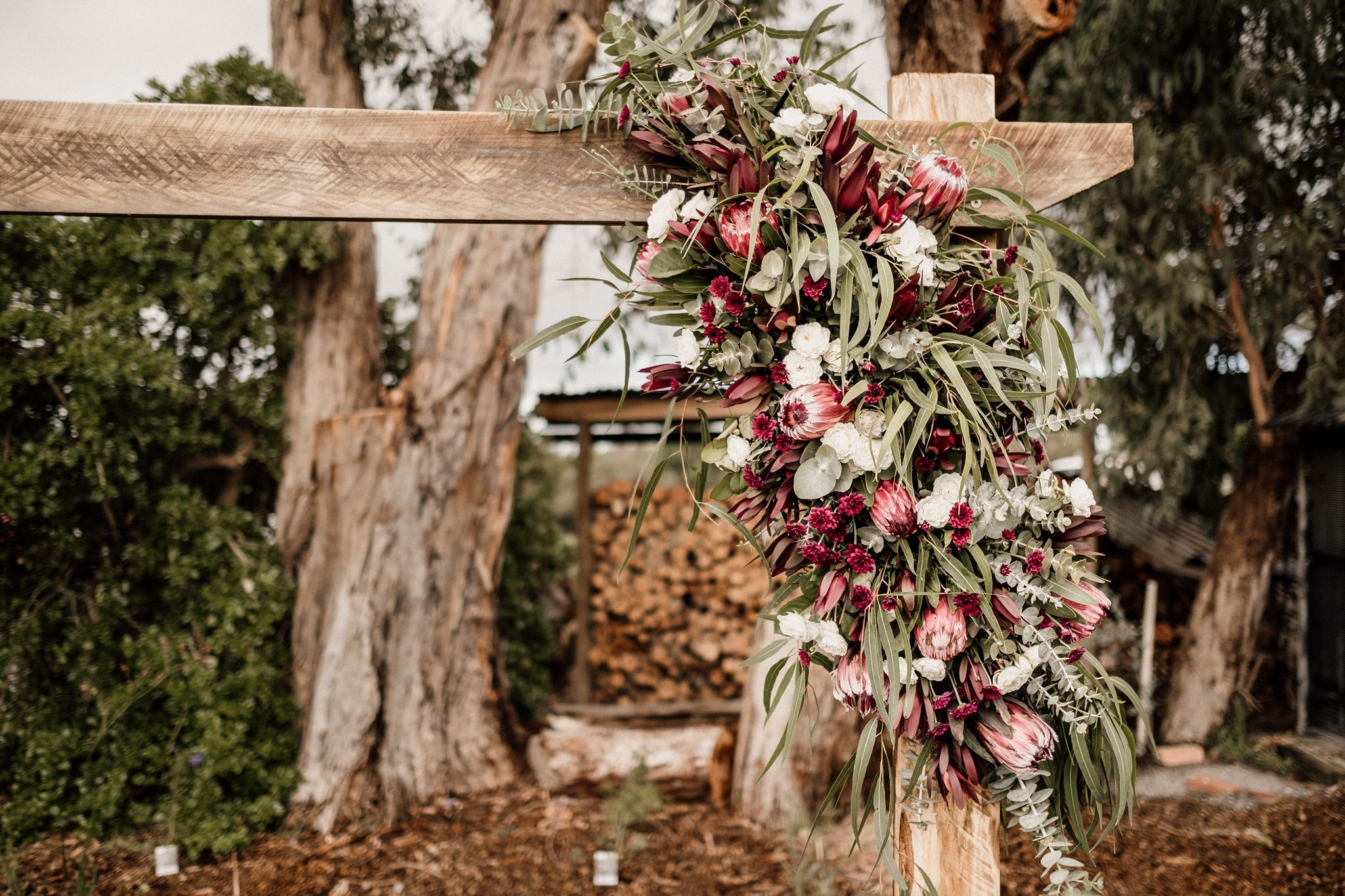 Buds n Roses Wedding Florist (7)