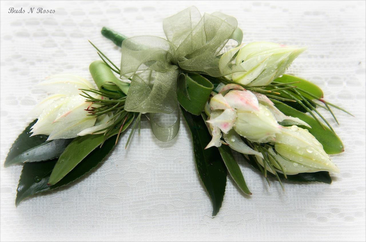 Buds n roses - Mothers corsage and fathe