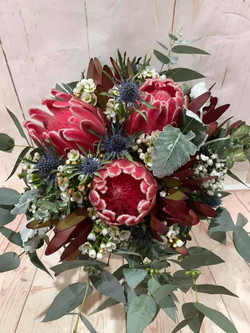Buds n roses - Native Bouquet with sea h
