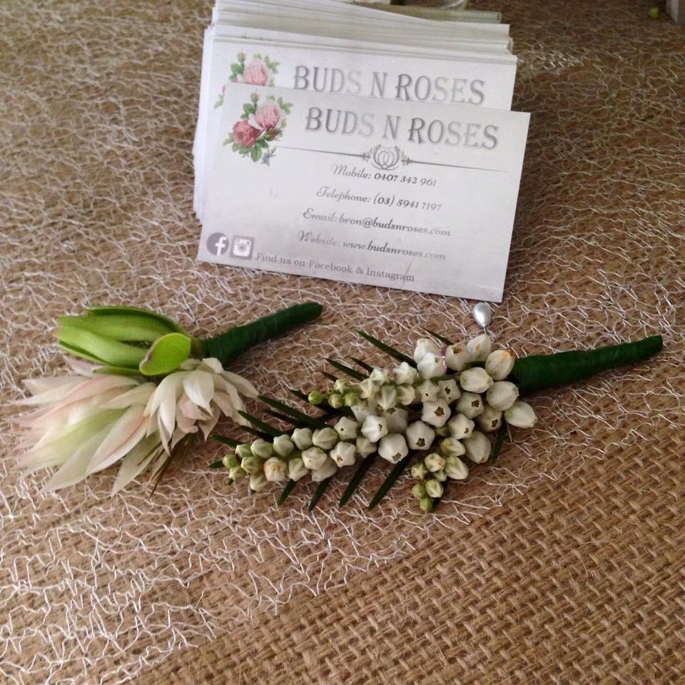 Buds n roses - Pale Pink Blusing Bride h