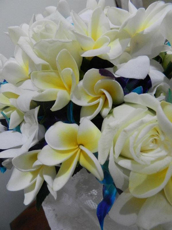 Frangipani wedding bouquet Melbourng