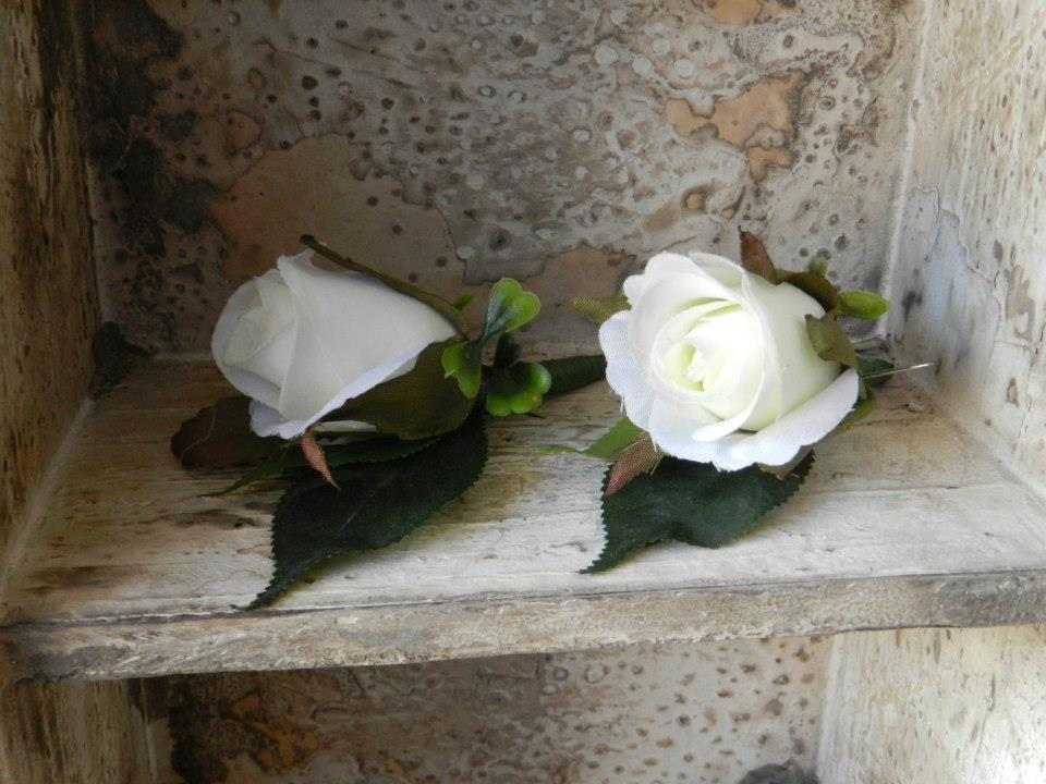 Buds n Roses - Silk Wedding fowers (7)