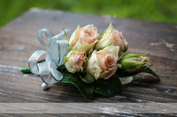 Buttonholes and Corsages by Buds (46).jpg