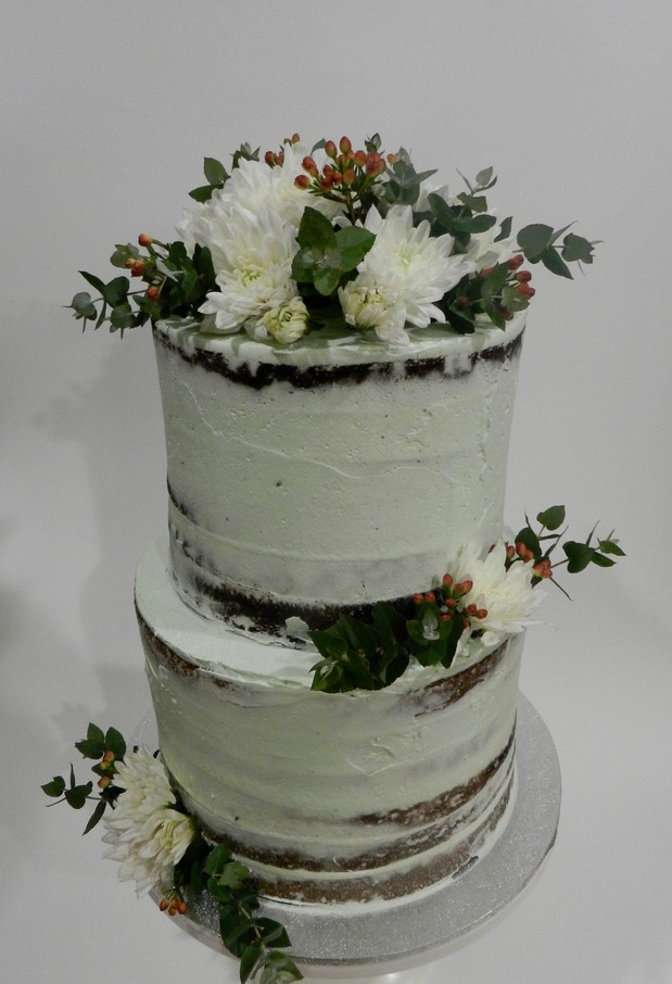 Semi Naked Cakes (22).jpg