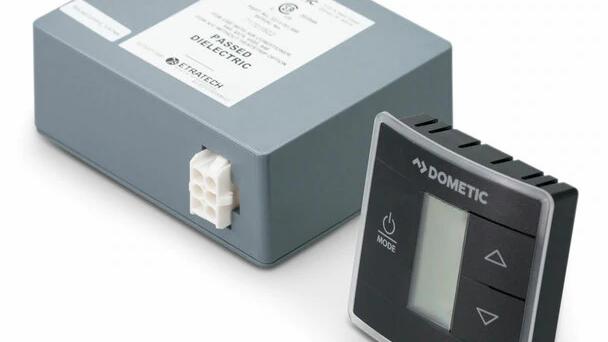 Dometic™ 3316230.714 Single Zone CT Thermostat w/ Control Board (Cool/Furnace) -
