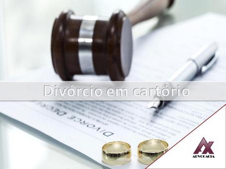 Qualquer casal pode fazer o processo de divórcio em cartório?