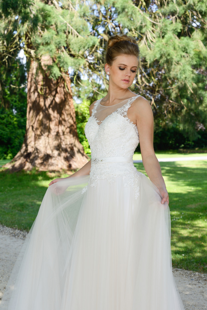 http___resources.catherineparrybridal.co