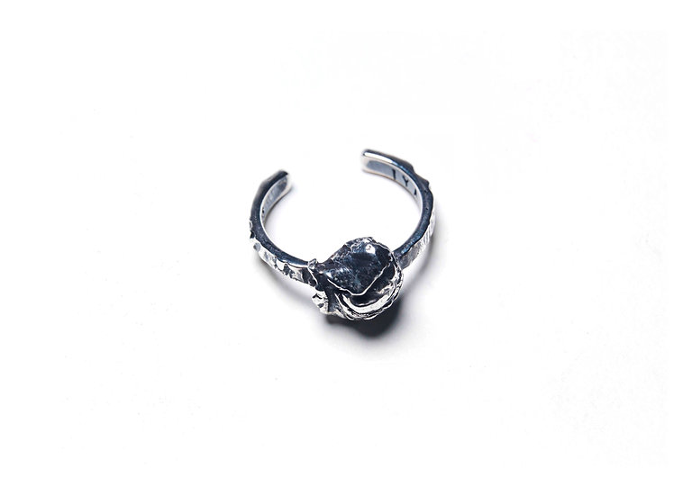 METANOIA 10 MIDDLE FINGER RING - Oxidized Sterling Silver 925