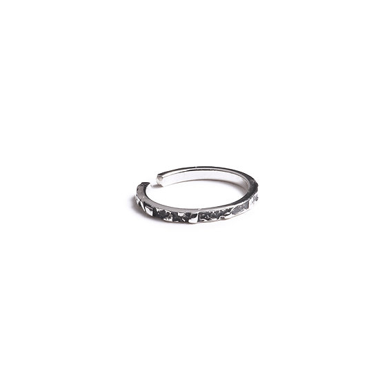 UBINAS MIDDLE FINGER RING - Oxidized Sterling Silver 925