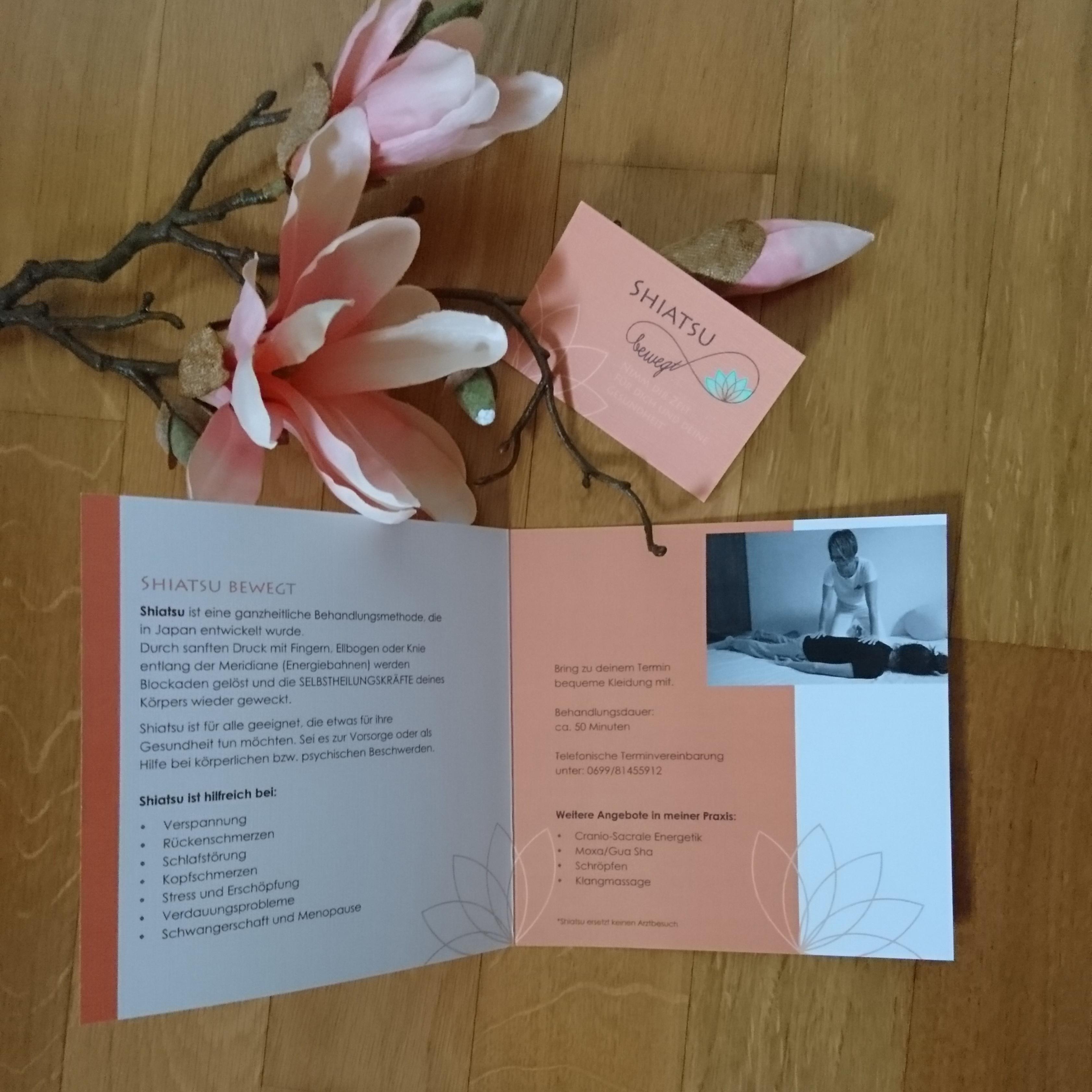 Folder und Visitenkarte