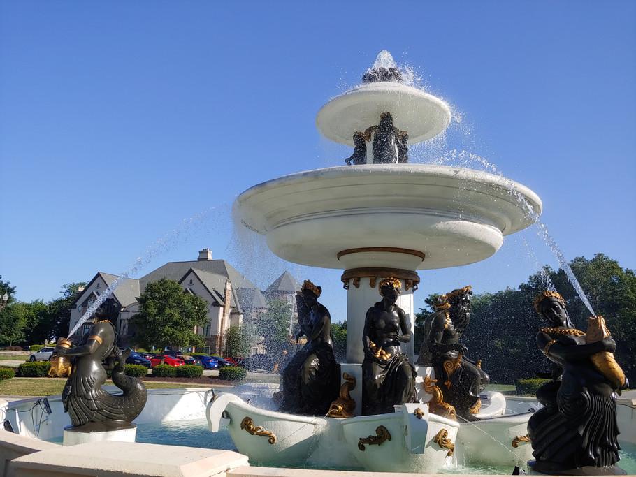 Beaumont fountain.jpg