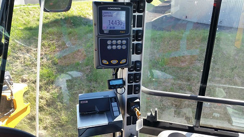 Rijplaten rijplatenhaak transportroutes transportroute's Volvo L110G + GPS + Egaliseerbalk + Schuifframe + egaliseren + schuiven gps rijplaten platen mvo grote rijplaten, 3d gps, kaars grondverzet, l70, volvo, zand, puin, L70G, L70 Volvo VOLVO l90G L90G 3d gps hijsjip hijsen kraan kleine kraan bouwen huizenlaten vegen rolbezem aanbouwdelen rubberen schuif bagger bouwplaats waterbak waterwagen fijnstof bouwwegen