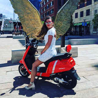 Zoom electric moped scooter beautiful customer!