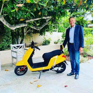 Happy Zoom eletric scooter customer
