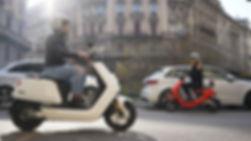 Bloom scooters in city.jpg