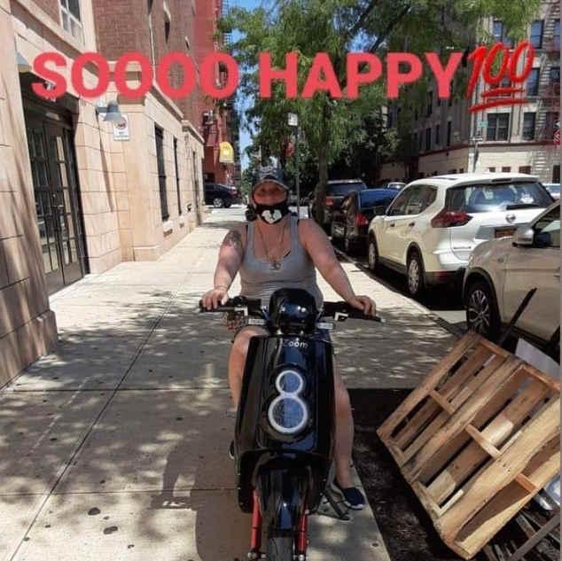 Happy Zoomer in NY 388!