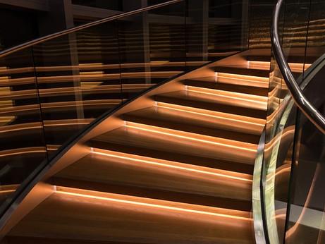 Stair & Step Lighting