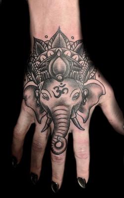 elephant - left hand