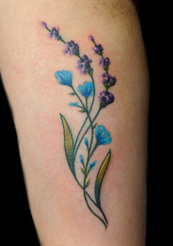 flowers small - right wrist