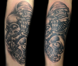 skull no evil - left upper arm