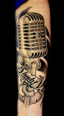 microphone - forearm 2
