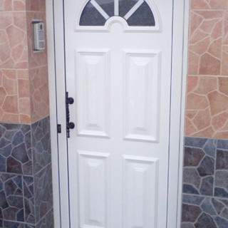 Puerta panel y cristal blanco