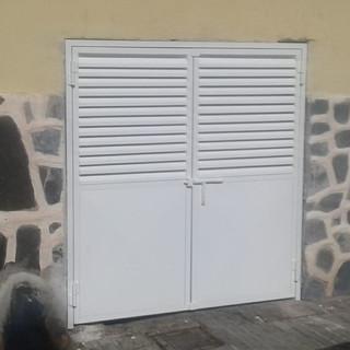 Puerta para basura