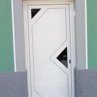 Puerta machimbrado blanco