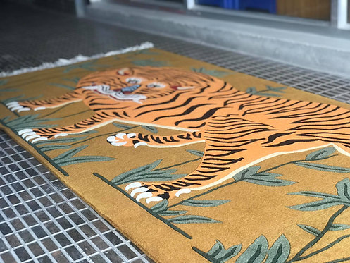 Rectangle Tiger Rug  045
