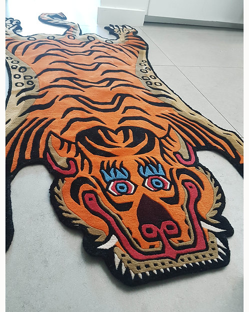 Wool Tiger Rug Large 038